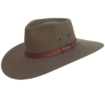 The Akubra Territory makes an excellent modern safari hat redolent of the golden age depicted in Out of Africa.