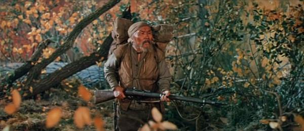 Dersu Uzala —a beautiful Akiro Kurosawa masterpiece. I'm pretty sure The Revenant director Alejandro Iñárritu went to school on this film.